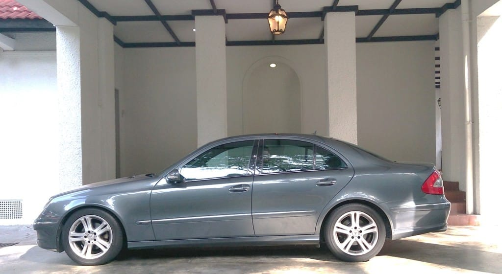 Handsome alloy rims adorn this is the Avantgarde E200K compared to the lesser Elegance model